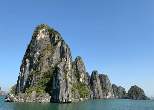 Dang hinh anh Nhung dia diem du lich dep nhat mien Bac Viet Nam Vinh Ha Long - Những địa điểm du lịch đẹp nhất miền Bắc Việt Nam